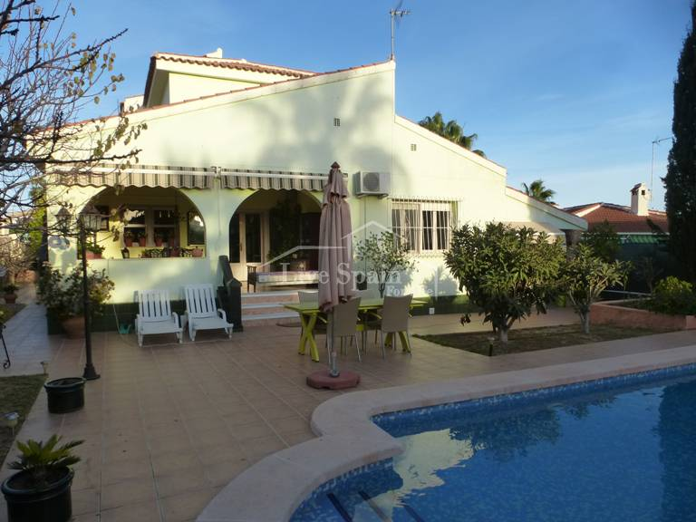 Reventa - Villa (detached) - Ciudad Quesada