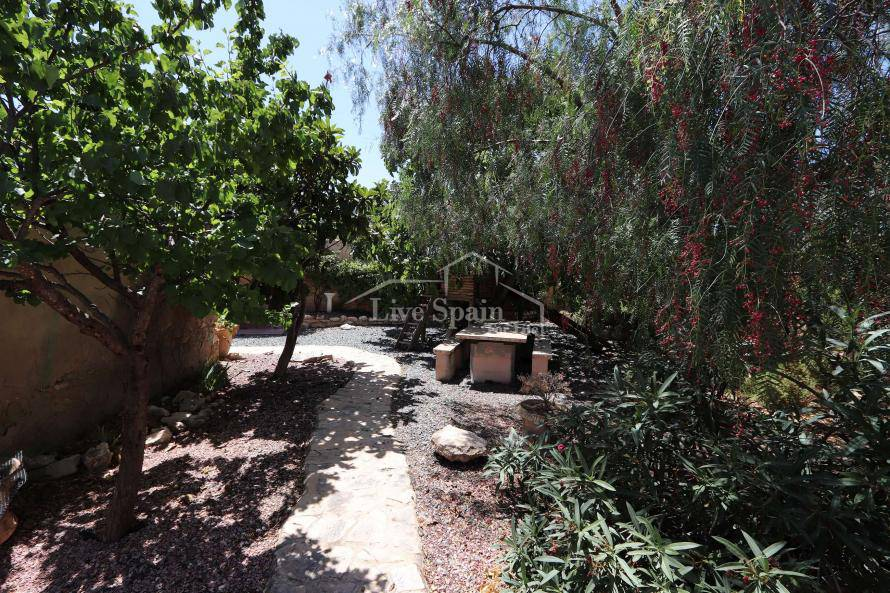 Resale - Country Property - Algayat
