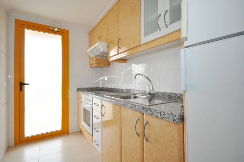 2 bed apartment kitchen