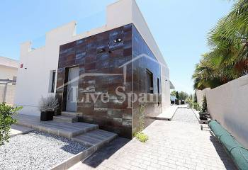 Villa (detached) - Reventa - La Marina - La Marina